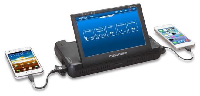 Считается, что криминалистическое оборудование Cellebrite может извлекать данные из ряда заблокированных iPhone.