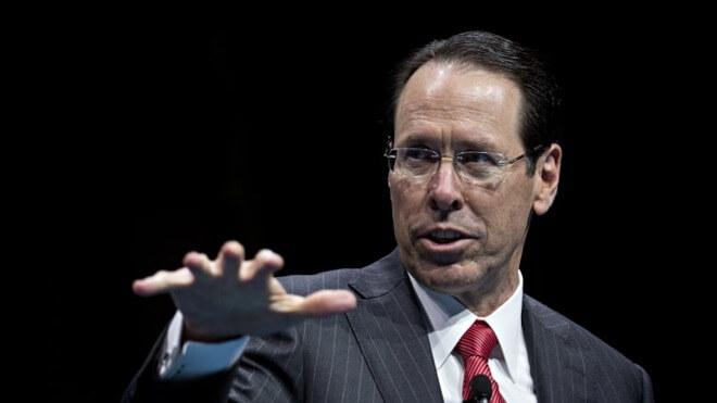 Уходящий генеральный директор AT & T Рэндалл Стивенсон