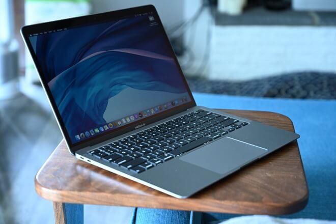 MacBook или MacBook Air, как показано здесь, вероятно, станет первым ARM Mac
