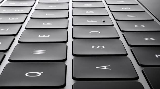 Первоначальные неудачи клавиатуры Apple в виде бабочки обречены с самого начала