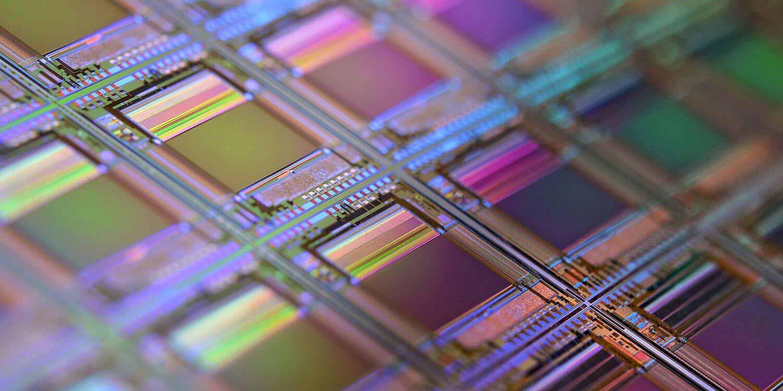 В iPhone 2021 года будут использоваться улучшенные 5-нм чипы;  4 нм в 2022 году