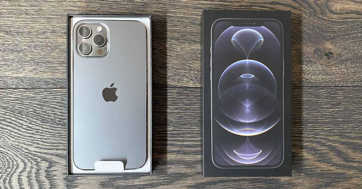 Проблема с беспроводной зарядкой iPhone 12 - решение в пути