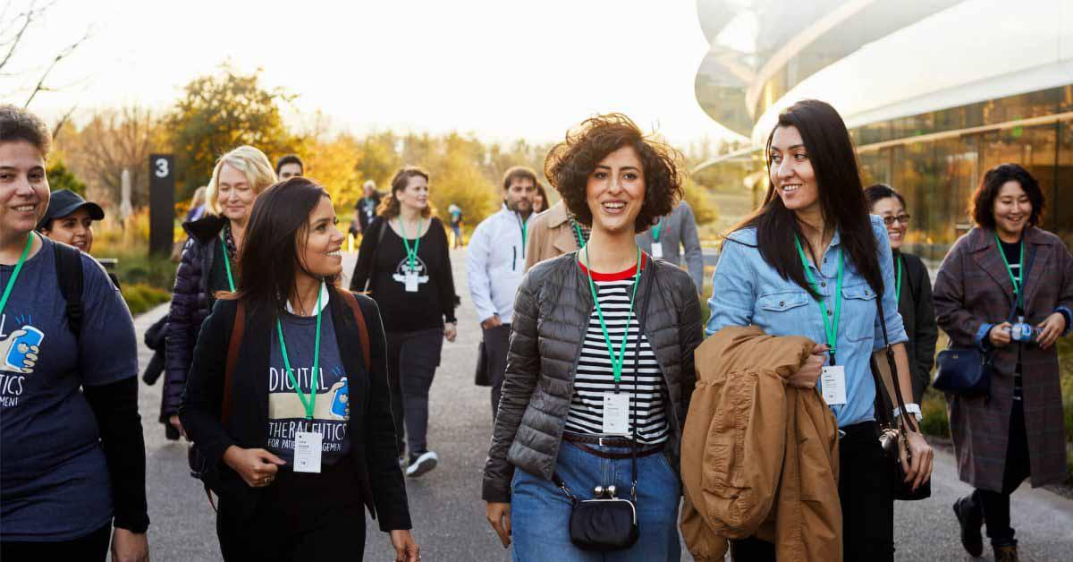 Apple открывает приложения для онлайн-лагеря предпринимателей для женщин-основателей и разработчиков