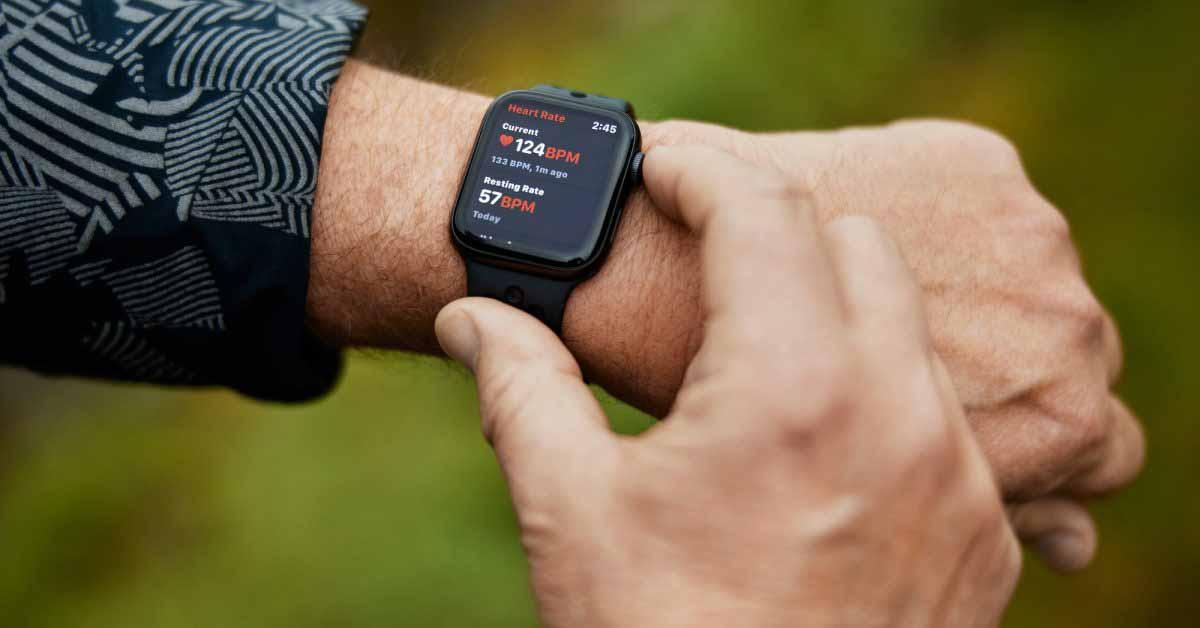 Подарок к годовщине Apple Watch приписывают обнаружение невидимого сердечного приступа у 58-летнего человека