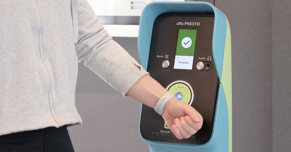 Metrolinx добавляет поддержку Apple Pay в Up Express в Торонто