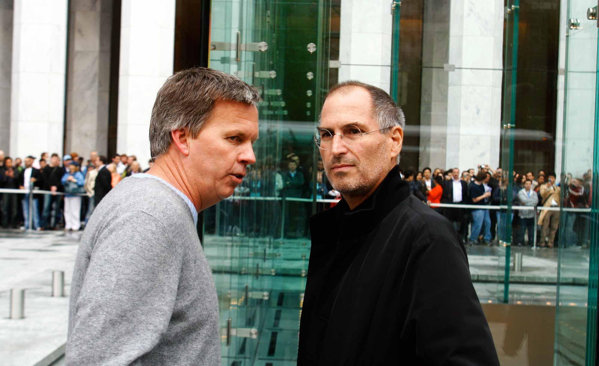 Человек, который построил Apple Store, уезжает к Джей Си Пенни |  Удача