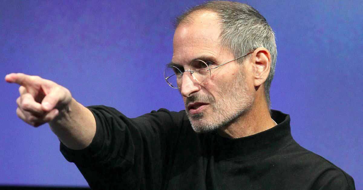 """Новые электронные письма показывают, что Стив Джобс назвал Facebook """"Fecebook"""" из-за конфликта в App Store"""