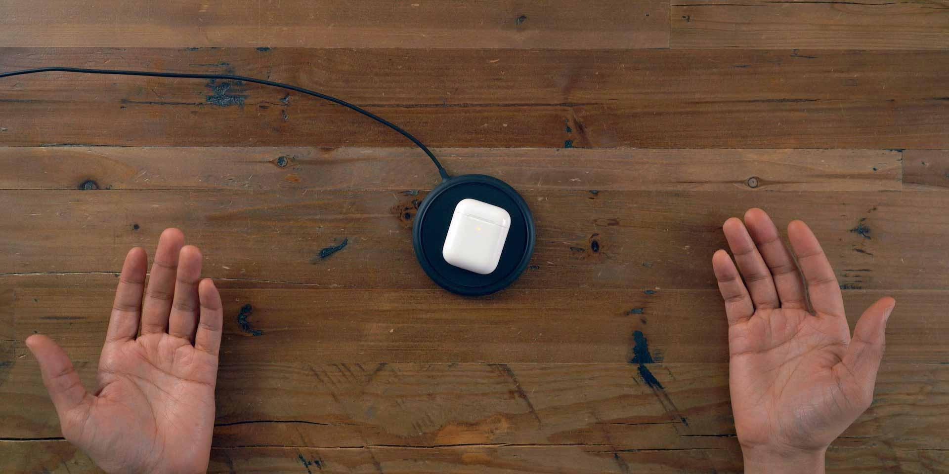 Беспроводное зарядное устройство AirPods 2 Mophie