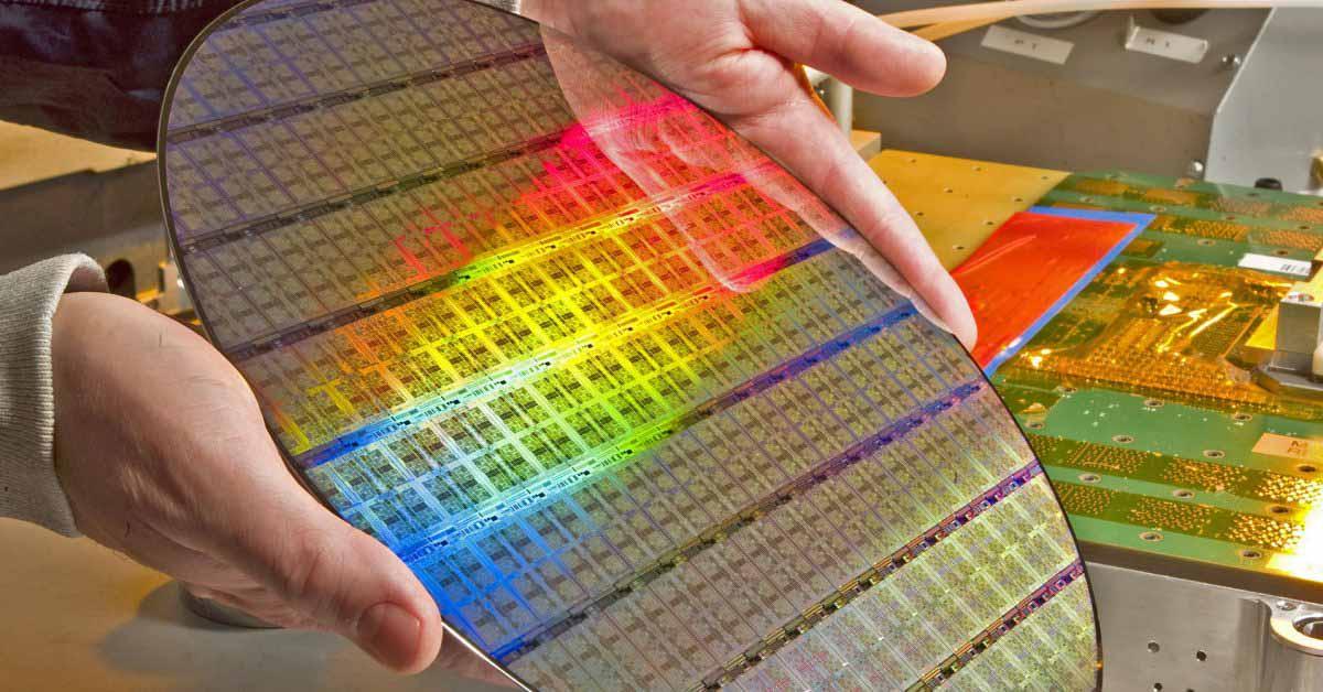 Нехватка чипов может продлиться до 2023 года, предупреждает гигант электроники Flex
